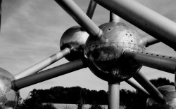"Bild: dorisalb, ""Atomium"". Some rights reserved. Quelle: www.pigs.de"