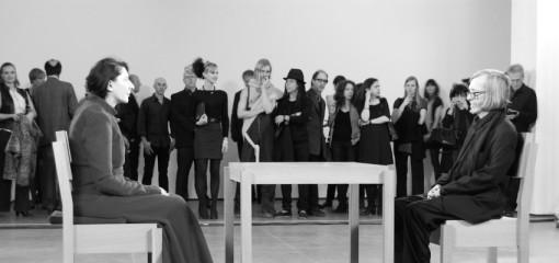 """Partizipation ist das neue Spektakel"". Marina Abramović, 'The Artist is Present'"